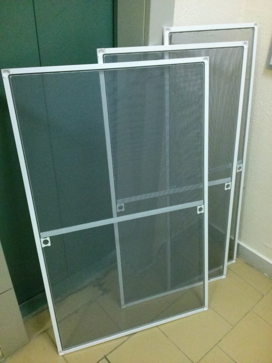 Секционные гаражные ворота - 12 предложений в Москве